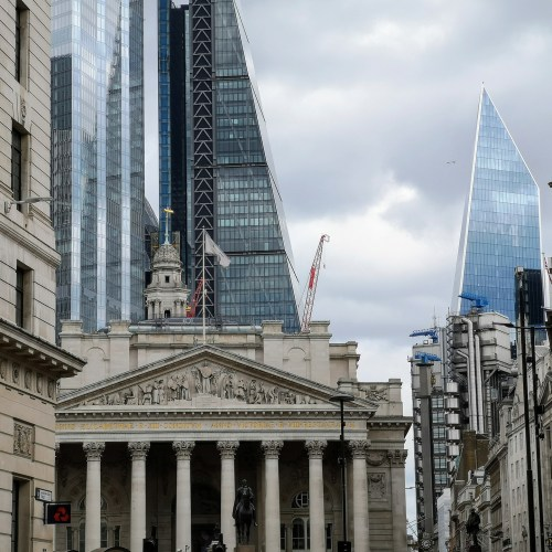 Britain, EU to miss deadline for future financial market access