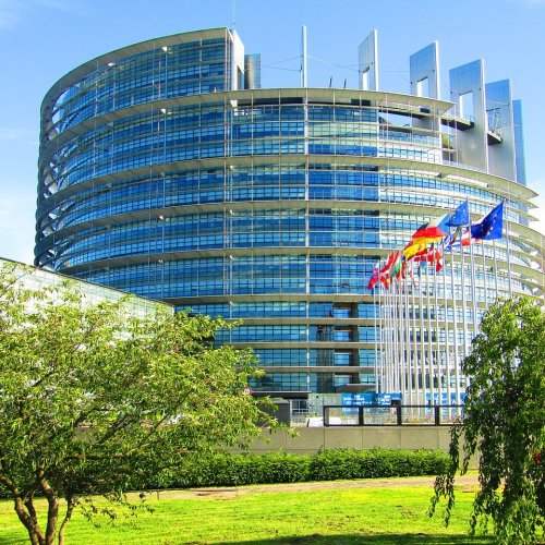 New rules allow EU consumers to defend their rights collectively