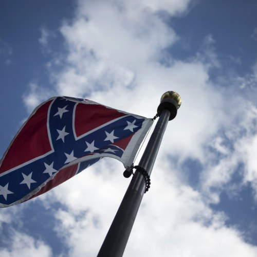 US Navy plans to ban Confederate battle flag on ships