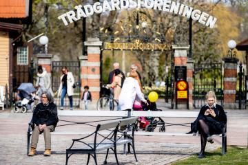 Sweden failed to protect elderly from COVID, parliament panel says
