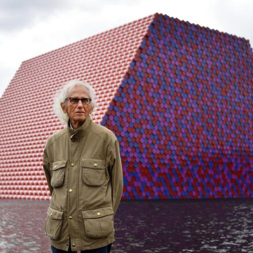 Bulgarian-born artist Christo, who famously wrapped landmarks, dies at 84