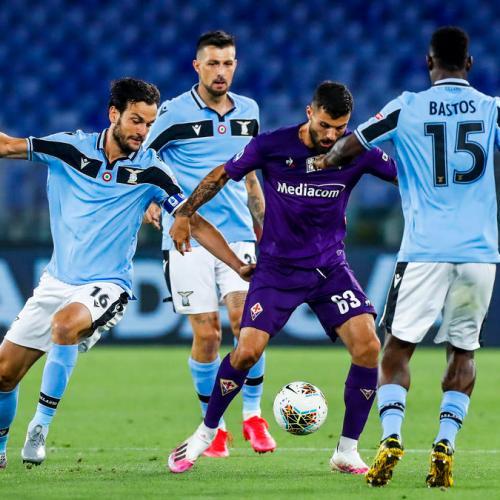 Conentious penalty gives Lazio win against Fiorentina