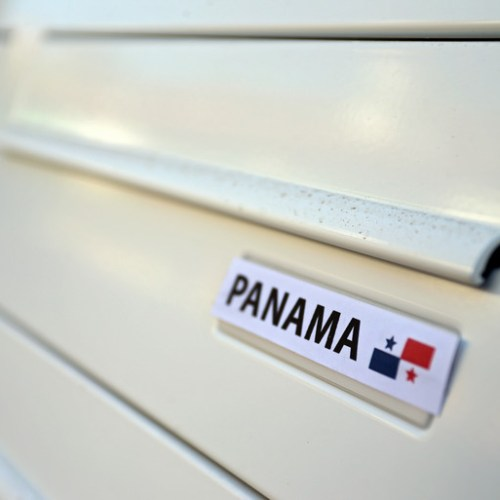 Panamanian ex-presidents banned from travel amid corruption probes