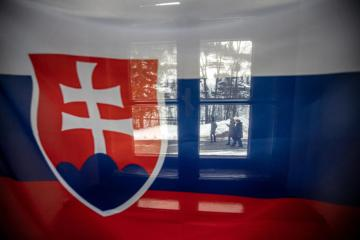 Slovakia's bishops relax vaccine rules around Papal visit