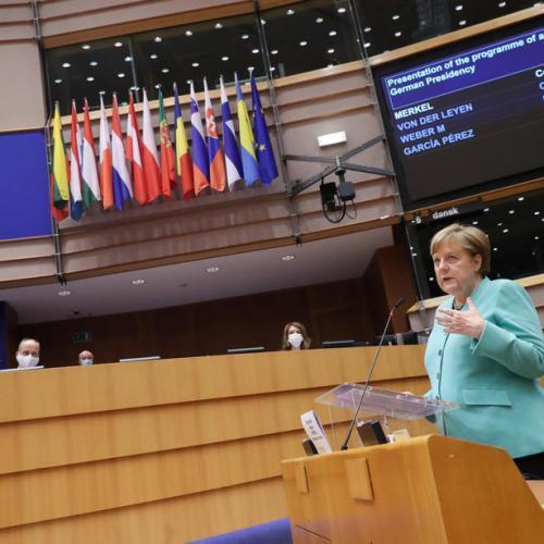 Merkel presents German Presidency priorities to MEPs, calls for swift agreement on economic response