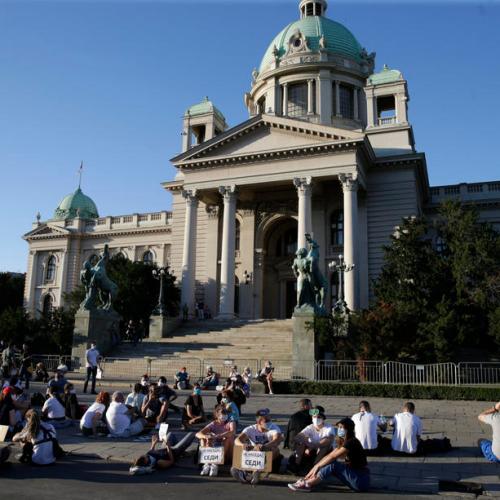 Serbia scraps curfew plan for Belgrade after protests