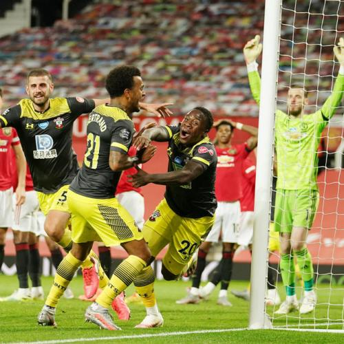 Southampton dent United's CL hopes with last-gasp equaliser