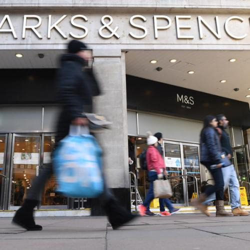 Marks & Spencer to cut 950 jobs