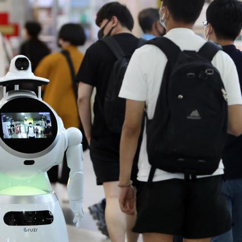 Photo Story: Robot keeps an eye out for masks in South Korea