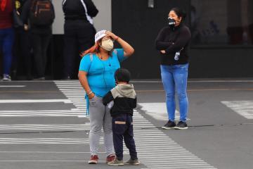 Ecuador announces curfew, curbs as COVID again overwhelms hospitals
