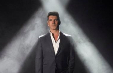 Simon Cowell undergoes surgery after breaking his back