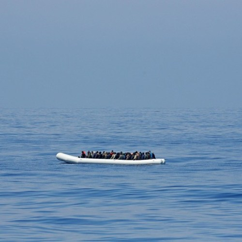 Countries urged to target human smugglers after migrants die at sea