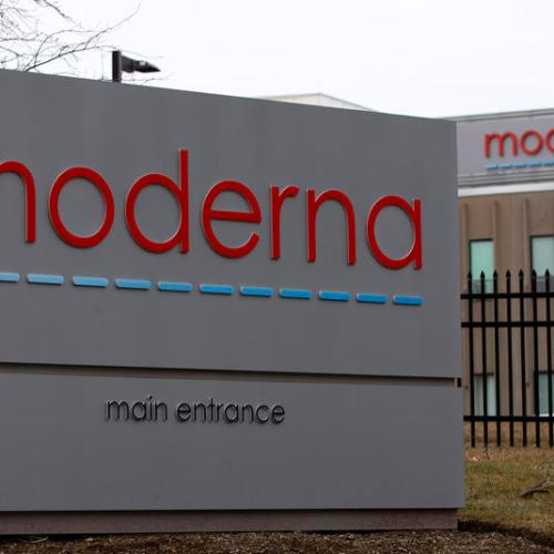 Moderna to seek U.S. and EU authorization for its vaccine on Monday