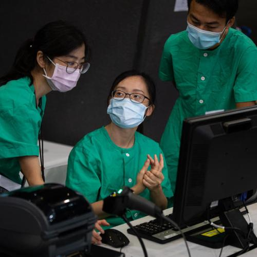 China sends team to Hong Kong for widespread coronavirus testing