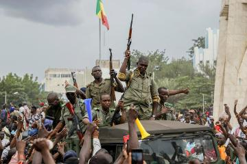 Mali's President Keita resigns after military mutiny