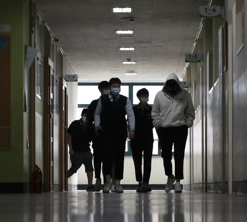 Schools reopen in South Korea under a hybrid schedule of in-person and online classes