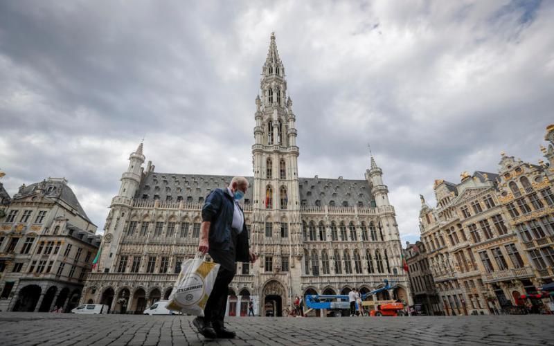 Belgian coronavirus experts go on 'silent strike' against relaxed rules