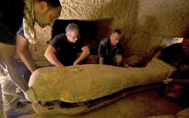 Photo Story: Archaeologist uncover a burial complex in the necropolis of Saqqara