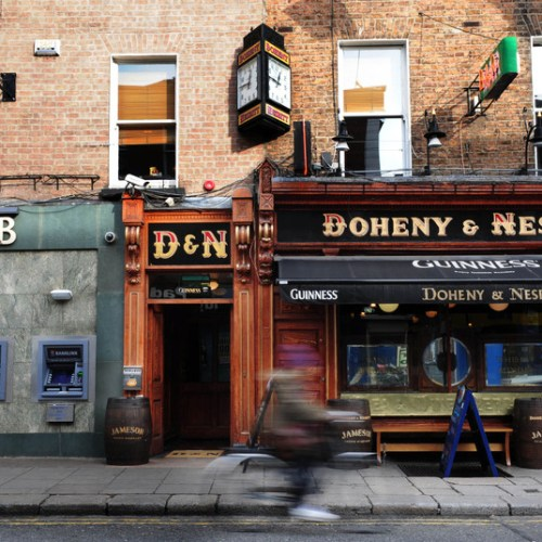 Ireland plans to open all pubs on September 21
