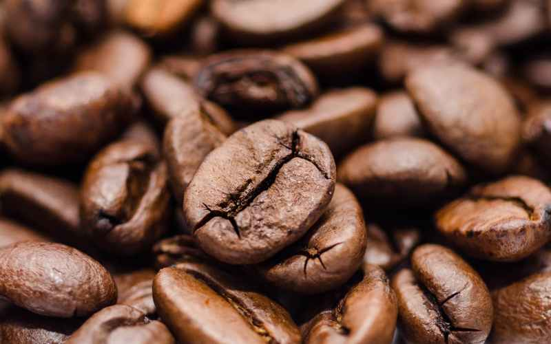 Brazil coffee farmers see losses from drought in 2021 crop