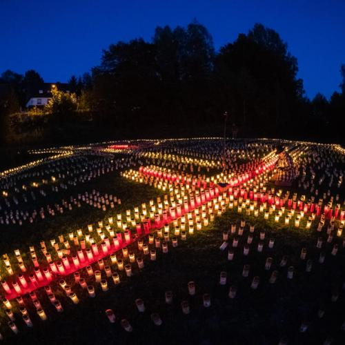 Photo Story: Candles project for Germany's Covid-19 victims