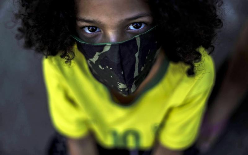 Schools in the U.S. advised to continue using masks