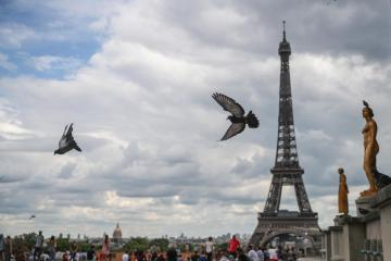 Eiffel Tower evacuated after bomb threat