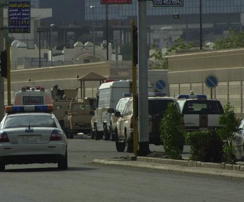 "UPDATED: Man arrested in Jeddah after attacking guard at French consulate ""with sharp tool"""