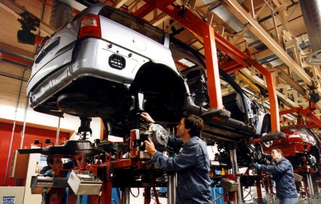 UK September car production lowest in 25 years, industry says