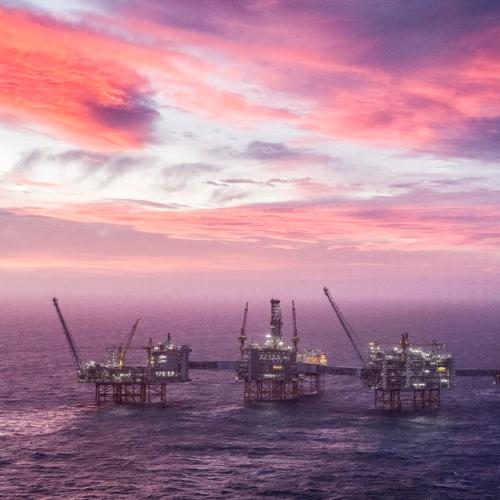 Oil prices pause in week-long surge Norwegian strike drives strong gains