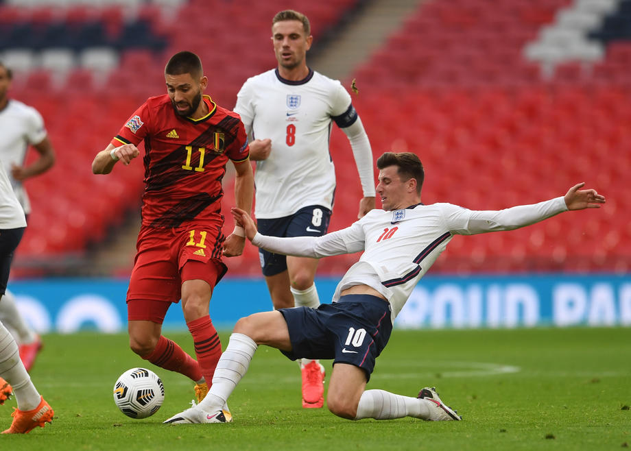 England's Chilwell, Mount in isolation after contact with Gilmour
