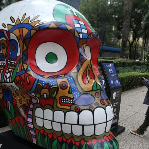 Photo Story: Skulls on display in Mexico City for Day of the Dead