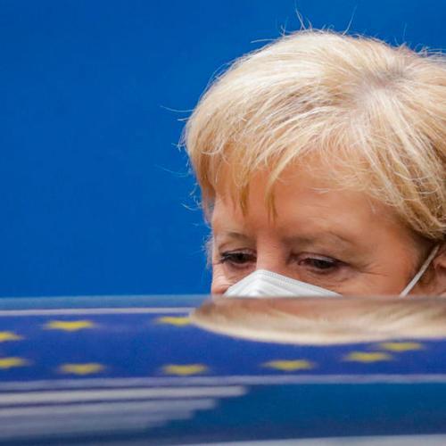 """""""Please stay home"""" – Merkel's plea to Germans"""
