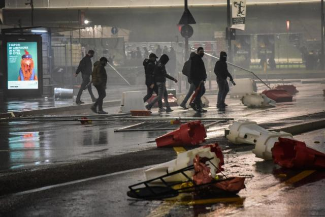 Tear gas used as anti-restrictions protest flare up across Italy