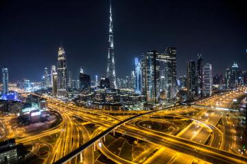 UAE non-oil private sector maintains solid growth, employment rises