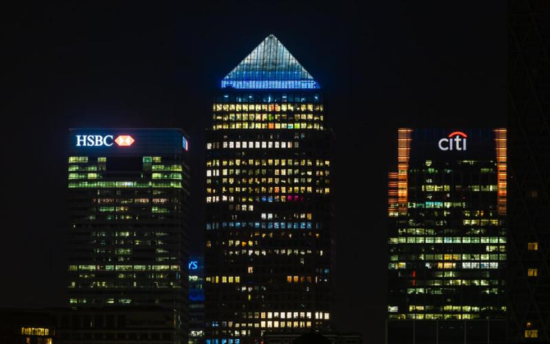 Major banks tell London staff to return home ahead of England lockdown