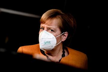 UPDATED: Merkel wants European states to require travelers from Britain to quarantine