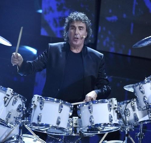 Veteran drummer of Italian band Pooh dies aged 72