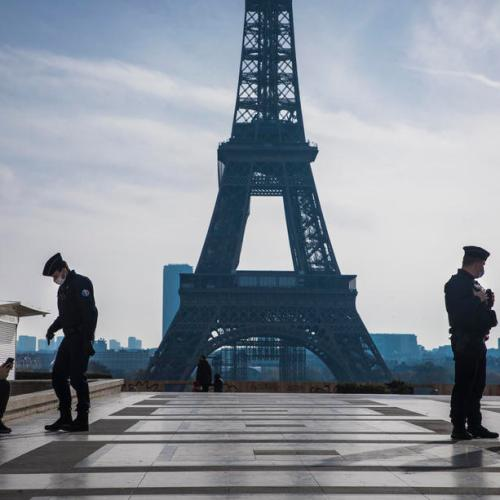 France economy slumps less than expected in fourth quarter despite lockdown