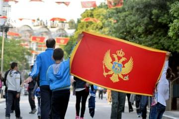 Serbia and Montenegro expel respective ambassadors
