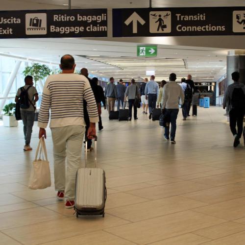 Macron and Merkel urge for Schengen reform