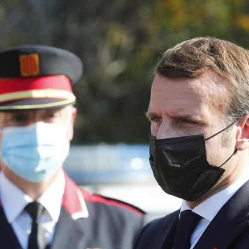French President Macron: will continue to work on Brexit despite COVID illness