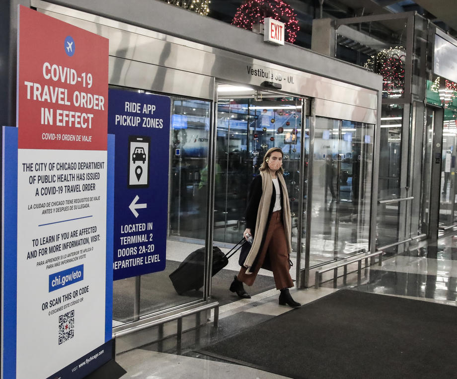 White House considers lifting European travel restrictions