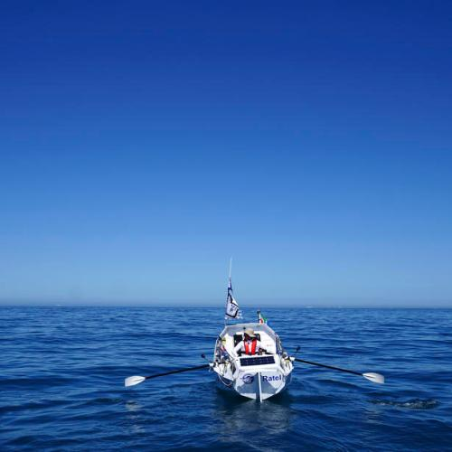 Start in South Africa of a single handed Trans-Atlantic rowing attempt