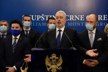 Montenegro approves new coalition, overturning three decades of socialist role