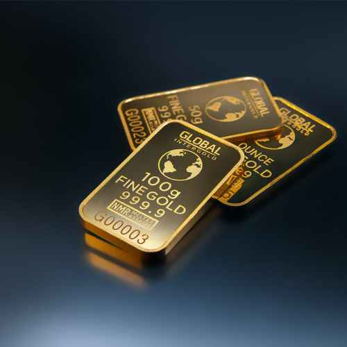 Gold scales 1-1/2-month high on U.S. stimulus deal boost