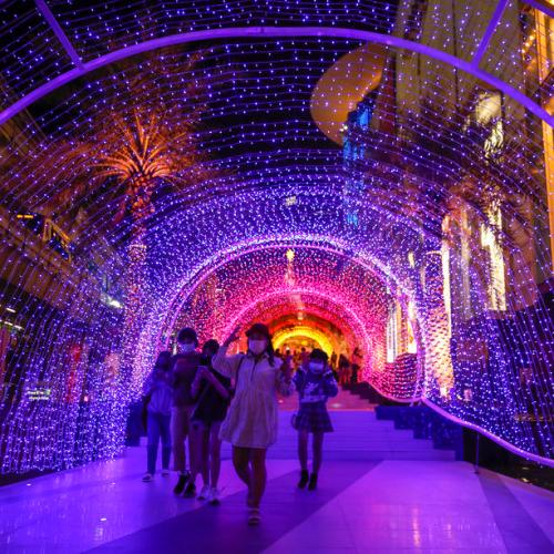 Photo Story: Decorations for Christmas celebrations in Bangkok