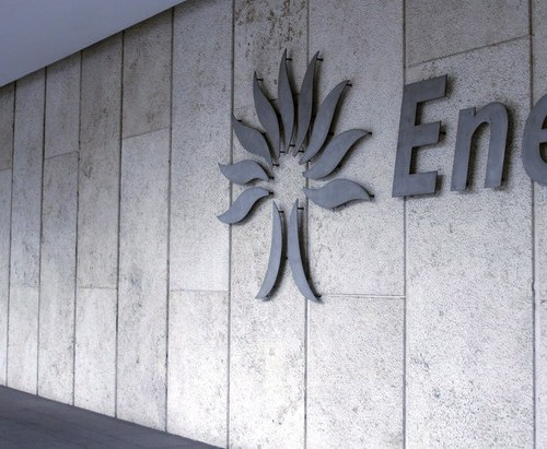 Enel and Eni join forces in green hydrogen projects for refineries