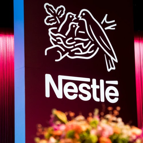 Nestle to invest 3.2 bln Sfr to cut carbon emissions