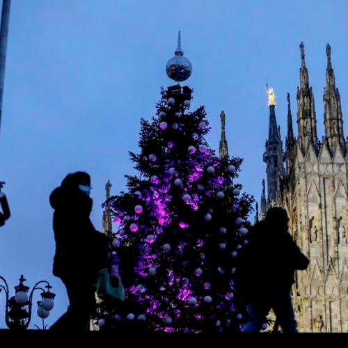 Italy bans Xmas midnight mass, movement between regions amid high COVID toll